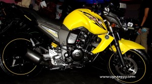 Yamaha FZ-S in Srilanka - Ceylon Motor Shows 2012