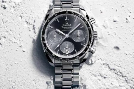 Omega Speed Master 38mm Watch now available in Sri Lanka for Rs. 380,000/- Upwards